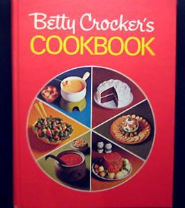 Betty Crocker's Cookbook Red Pie Cover