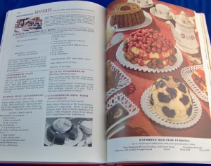 Vintage Betty Crocker's Picture Cookbook Cook Book 4